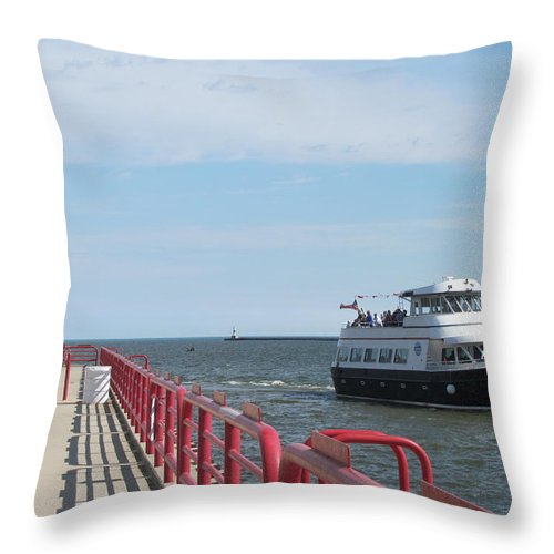 Milwaukee Throw Pillow featuring the photograph Milwaukee Harbor And Boat by Anita Burgermeister
