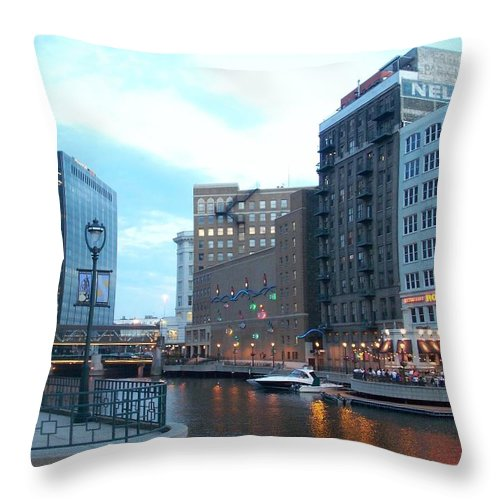 Milwaukee Throw Pillow featuring the photograph Milwaukee River Walk by Anita Burgermeister