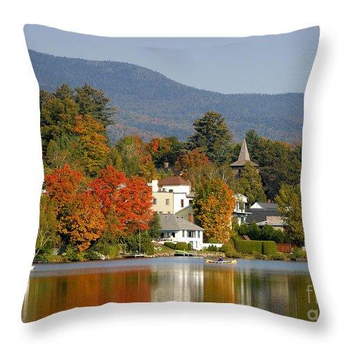 Adirondack Mountains Throw Pillow featuring the photograph Mirror Lake by David Lee Thompson
