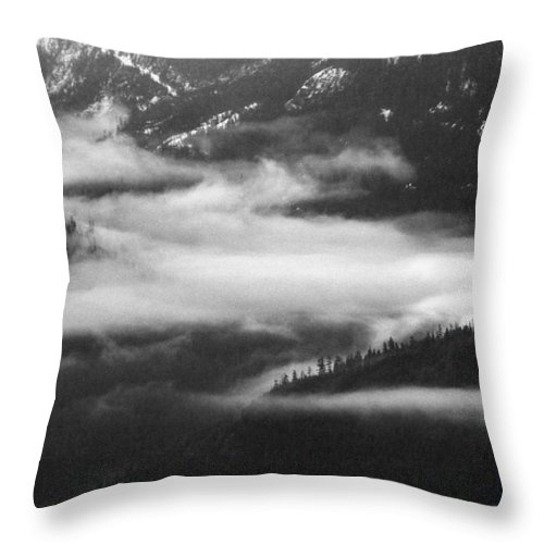 Black And White Throw Pillow featuring the photograph Mist In The Valley by Lyle Crump
