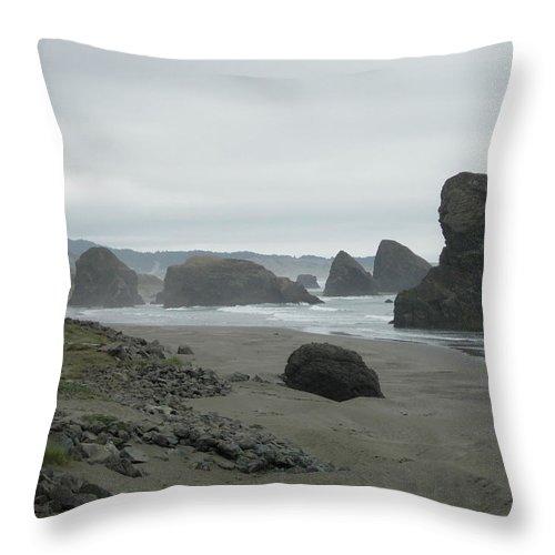 Coastline Throw Pillow featuring the photograph Misty Oregon Coastline by Stephanie H Johnson