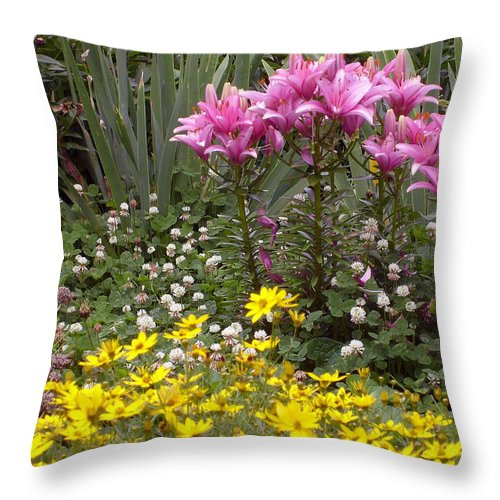 Mother Throw Pillow featuring the photograph Moms Garden by Ann Willmore