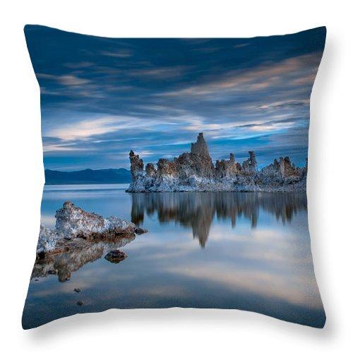 Mono Lake Throw Pillow featuring the photograph Mono Lake Tufas by Ralph Vazquez