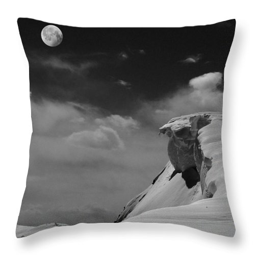 Precipice Throw Pillow featuring the photograph Moonrise Over A Cornice by Wayne King