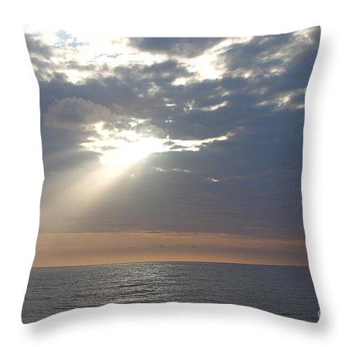 Sky Throw Pillow featuring the photograph Morning Sunburst by Nadine Rippelmeyer