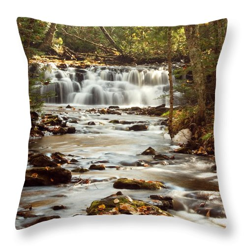 Landscape Throw Pillow featuring the photograph Mosquito Falls by Amanda Kiplinger