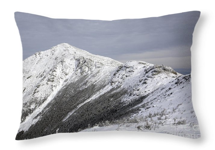 Climb Throw Pillow featuring the photograph Mount Lincoln From The Appalachain Trail - White Mountains Nh Usa by Erin Paul Donovan