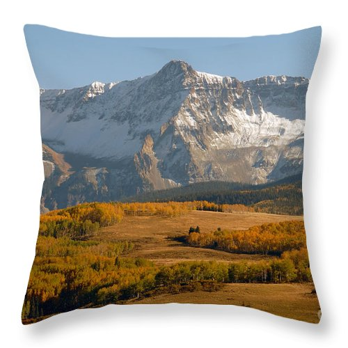 Mount Sneffels Throw Pillow featuring the photograph Mount Sneffels by David Lee Thompson