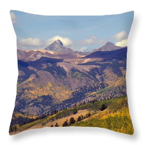 Mountains Throw Pillow featuring the photograph Mountain Splendor 2 by Marty Koch