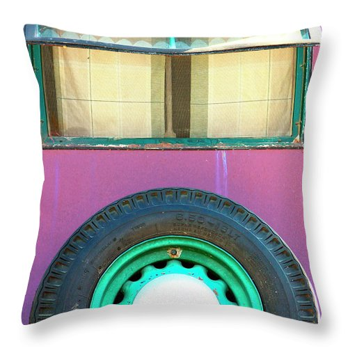 Airstream Throw Pillow featuring the photograph Movin On Palm Springs by William Dey