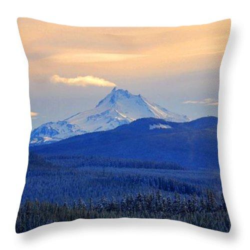 Mt. Jefferson Throw Pillow featuring the photograph Mt. Jefferson 3 by Noah Cole