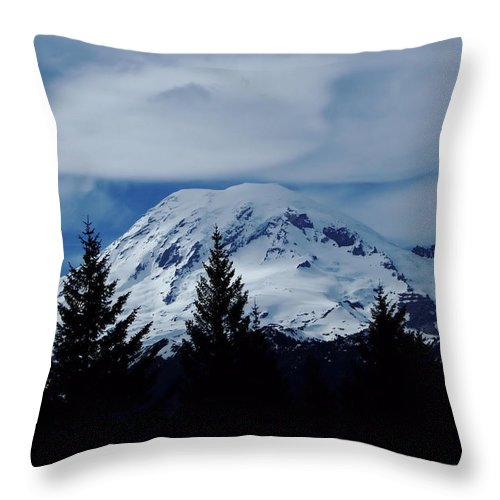 Mount Rainier Throw Pillow featuring the photograph Mt Rainier by Jeff Swan