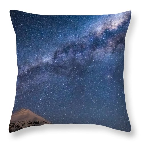 Milky Way Throw Pillow featuring the photograph Mt Taranaki Galactic Core by Leith Robertson