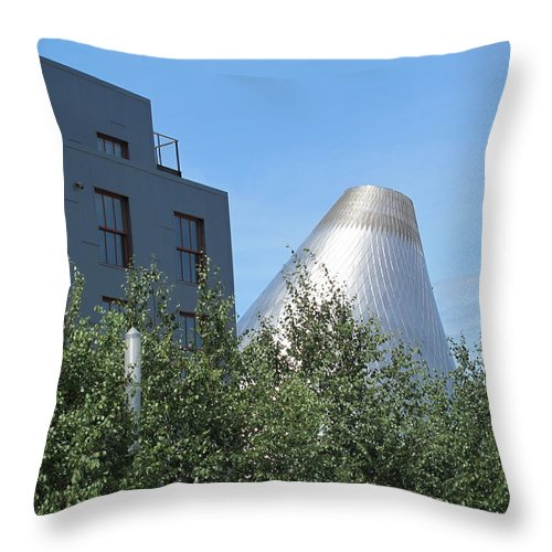 Museum Of Glass Throw Pillow featuring the photograph Museum Of Glass 5 by Cindy Kellogg