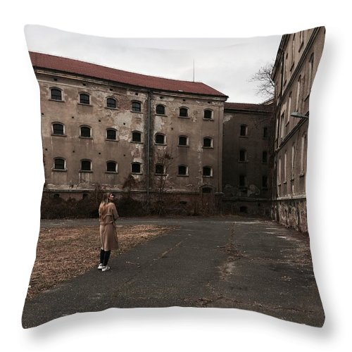 Girl Throw Pillow featuring the photograph Mystery House by Tonka Masic
