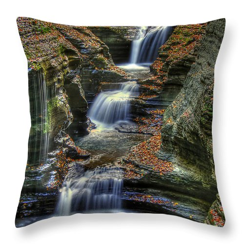 Water Throw Pillow featuring the photograph Nature's Tears by Evelina Kremsdorf