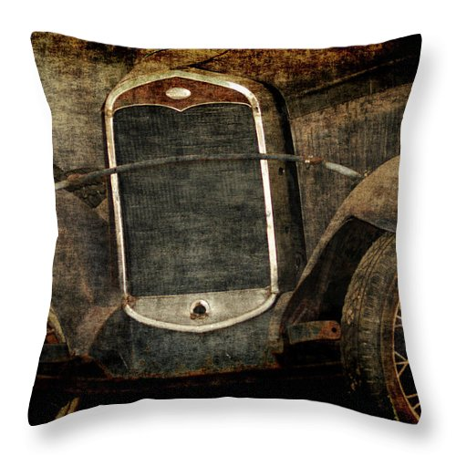 Old Fords Throw Pillow featuring the photograph Needs Help by Ernie Echols