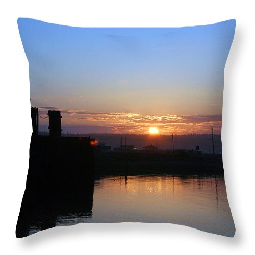 Sunrise Throw Pillow featuring the photograph New Beginnings - Keystone Sunrise Sr 1003 by Mary Gaines