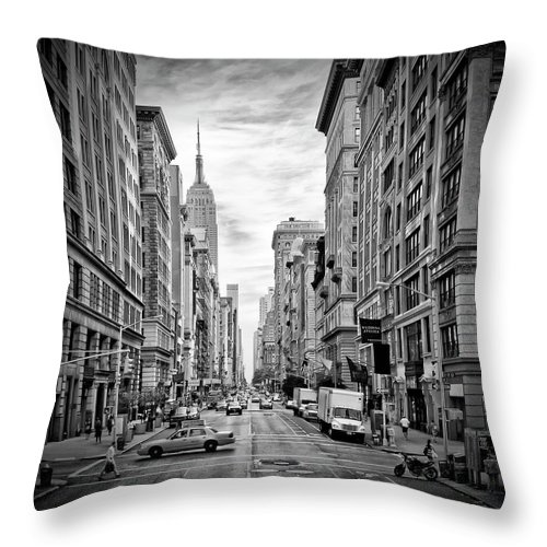 Fifth Avenue Throw Pillow featuring the photograph New York City 5th Avenue - Monochrome by Melanie Viola