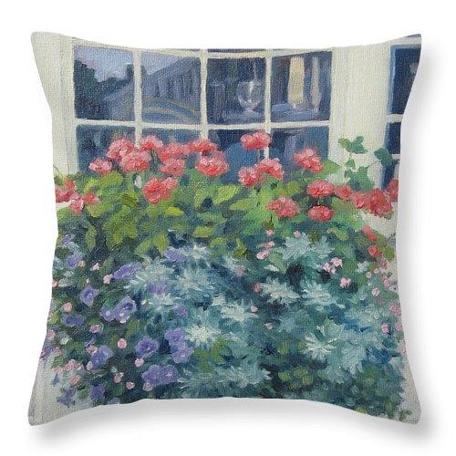 Leslie Mcgrath Throw Pillow featuring the painting Newburyport Window by Leslie Alfred McGrath