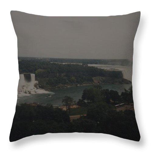 Niagara Falls Throw Pillow featuring the photograph Niagara Falls by Rob Hans