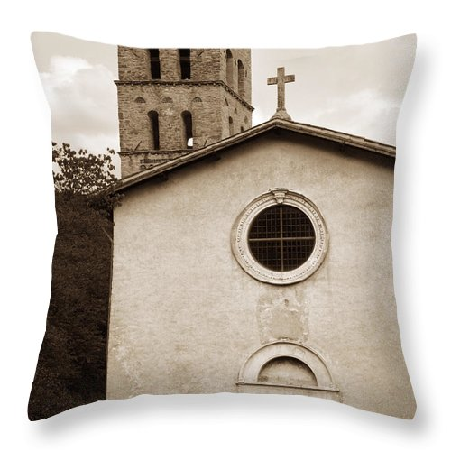 Curch Throw Pillow featuring the photograph Nice Old Church For Wedding by Marilyn Hunt