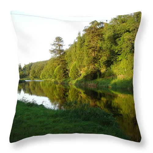 Nore Throw Pillow featuring the photograph Nore Reflections I by Kelly Mezzapelle