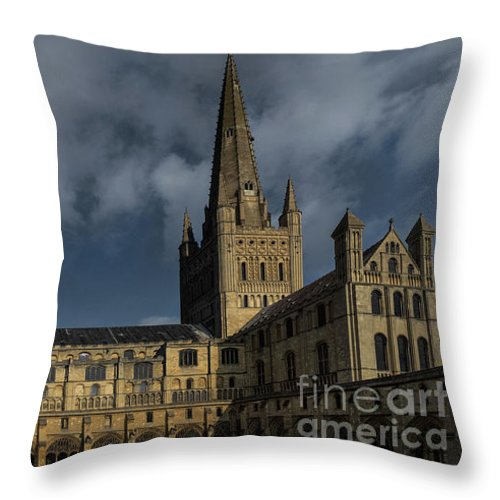 Church Throw Pillow featuring the photograph Norwich Cathedral by Lee Ellett