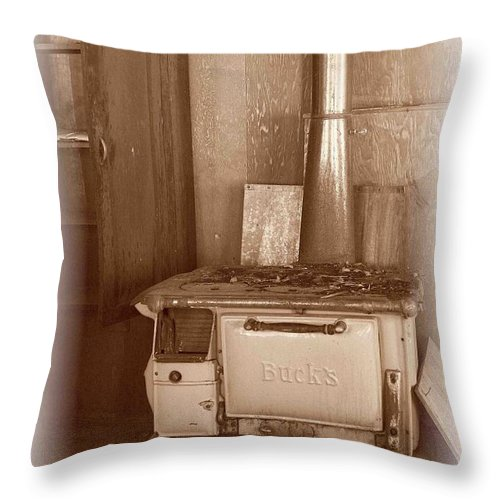 Stove Throw Pillow featuring the photograph Not Much Cookin - Unionville Nv by Nelson Strong