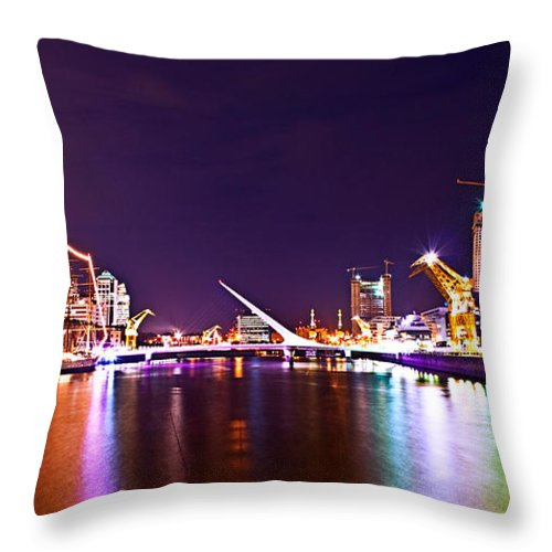 Buenos Throw Pillow featuring the photograph Nothing But Lights by Francisco Colon