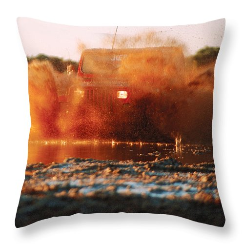 Four Wheel Driving Throw Pillow featuring the photograph Off Road Mud Splash-3 by Steve Somerville