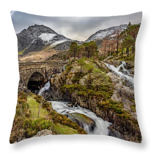 Waterfall Throw Pillow featuring the photograph Ogwen Bridge Winter by Adrian Evans