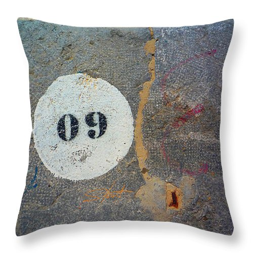 Number Throw Pillow featuring the photograph Oh Nine by Charles Stuart