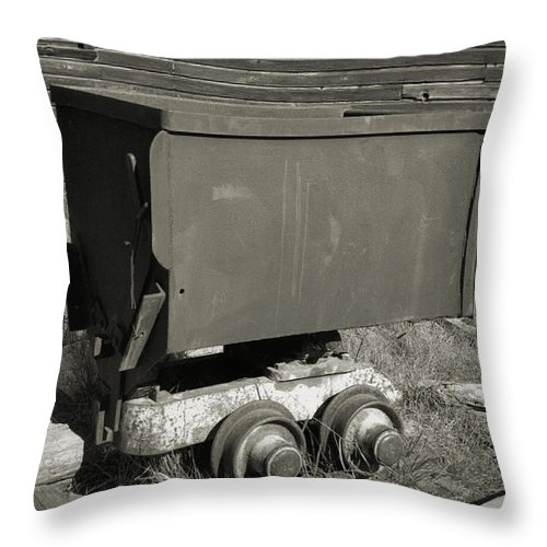 Ore Cart Throw Pillow featuring the photograph Old Mining Cart by Richard Rizzo