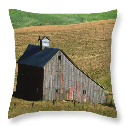 Palouse Throw Pillow featuring the photograph Old Palouse Barn by Sandra Bronstein