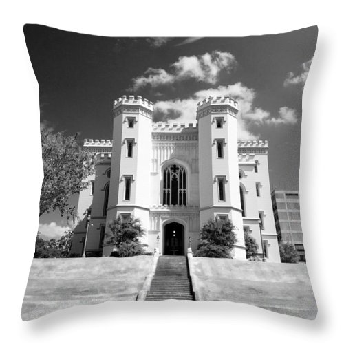 Buildings Throw Pillow featuring the photograph Old State Capital - Infared by Scott Pellegrin