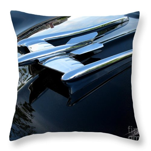 Oldsmobile 88 Throw Pillow featuring the photograph Old's 88 Hood Ornament by Peter Piatt