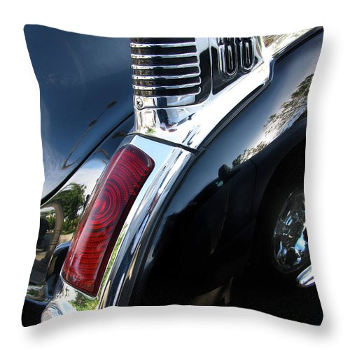 Oldsmobile 88 Throw Pillow featuring the photograph Old's 88 Tailend by Peter Piatt