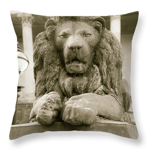 6x4 Throw Pillow featuring the photograph One Of Four Lion Statues Outside St George's Hall Liverpool by Jacek Wojnarowski