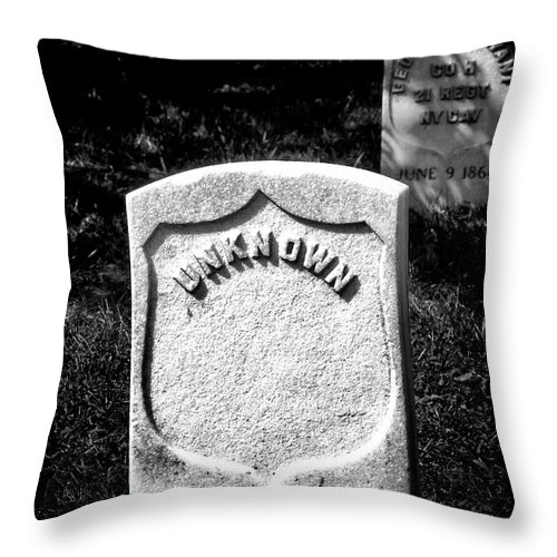 Arlington National Cemetery Throw Pillow featuring the photograph One Unknown by Paul W Faust - Impressions of Light