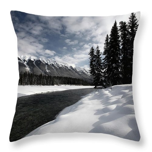 Snow Covered Throw Pillow featuring the digital art Open Water In Winter by Mark Duffy
