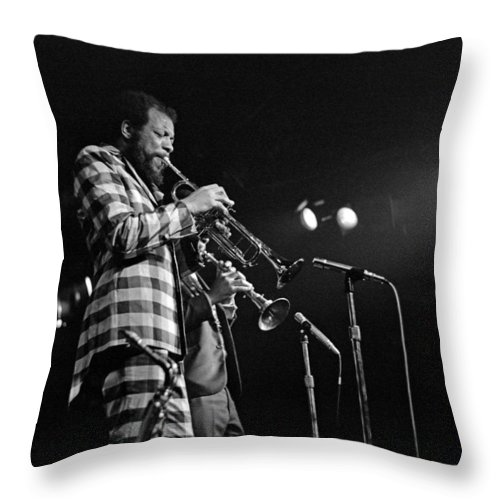 Ornette Colman Throw Pillow featuring the photograph Ornette Coleman On Trumpet by Lee Santa