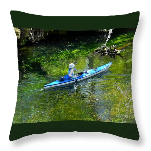 Ichetucknee Springs Throw Pillow featuring the photograph Paddling The Ichetucknee by David Lee Thompson
