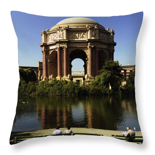 San Francisco Throw Pillow featuring the photograph Palace Of Fine Arts Sf 2 by Lee Santa
