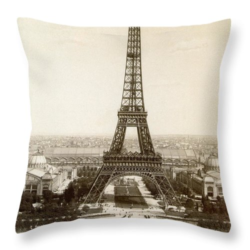 1900 Throw Pillow featuring the photograph Paris: Eiffel Tower, 1900 by Granger