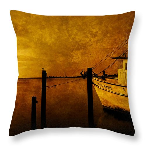 Rosa Marie Throw Pillow featuring the photograph Peace In The Harbor by Susanne Van Hulst