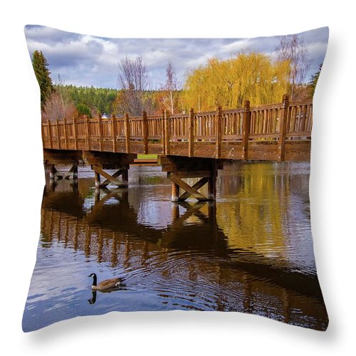 Bend Throw Pillow featuring the photograph Peaceful Reflections At Drake Park by Lynn Bauer
