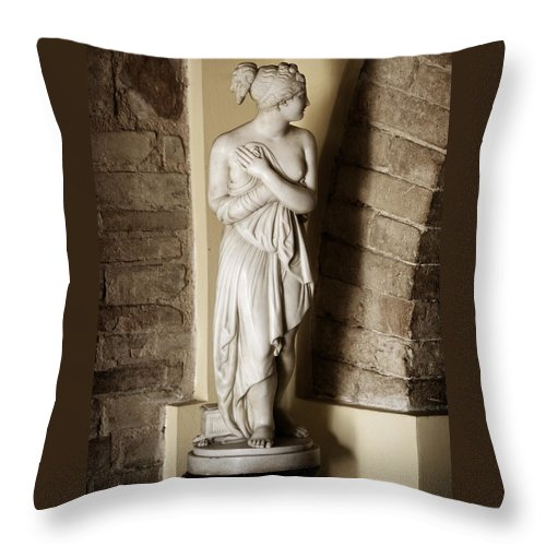 Statue Throw Pillow featuring the photograph Peering Woman by Marilyn Hunt