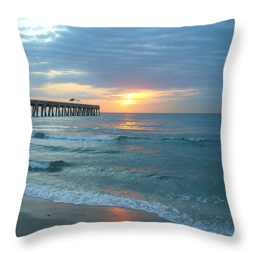Water Throw Pillow featuring the photograph Perfect Peace At 6 A.m. by Peggy King