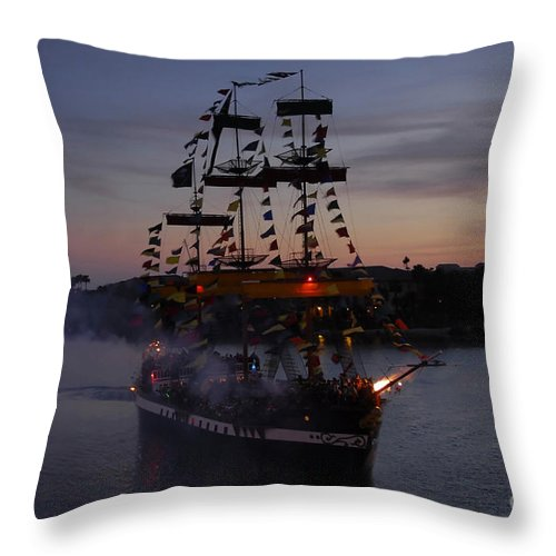 Pirates Throw Pillow featuring the photograph Pirate Invasion by David Lee Thompson